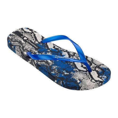 """Sandalia Ipanema de la colección """"I Love Safari Fem"""" con estampado de pitones (26456-25293) de color Beige/Azul/Negro"""