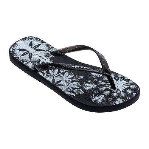 """Sandalia Ipanema de la colección """"Sem Igual Tattoo"""" con estampado de tatuajes de flores (26454-21194) de color Negro/Blanco"""